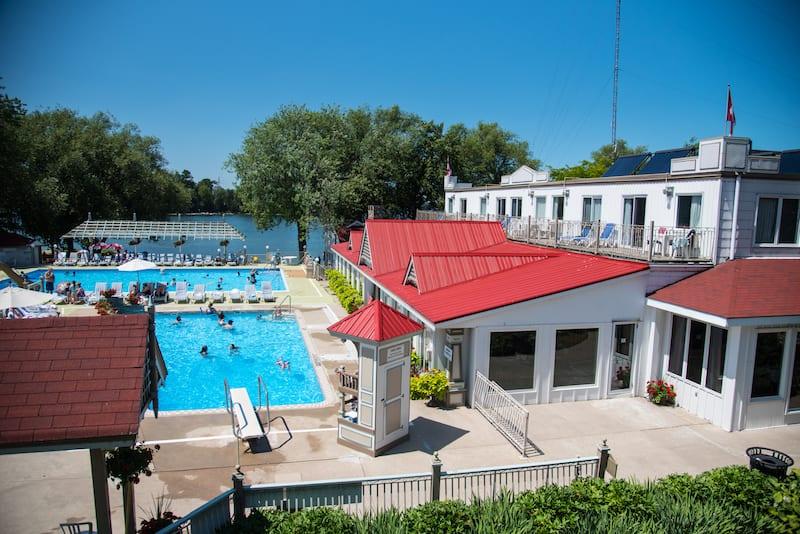 fern resort pool deck
